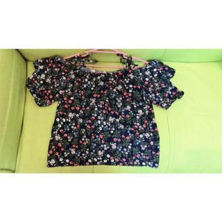 花柄トップス(Tシャツ(半袖/袖なし))