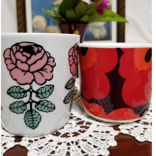 marimekko - マリメッコ  ヴィヒキルース ラテマグ  廃盤品ピンクと限定色ウニッコの2つ