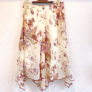 【再値下げ】インディオ ひざ丈スカート 花柄