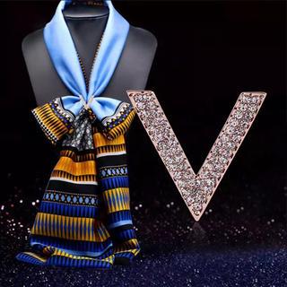 レディー(Rady)の新品💍👒スカーフ用V字アクセサリー(バンダナ/スカーフ)