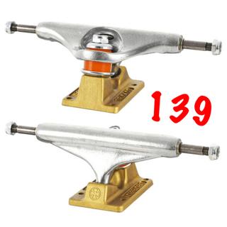 インディペンデント(INDEPENDENT)のindependentトラックスケボースケートボードコンプリート新品送料込み(スケートボード)
