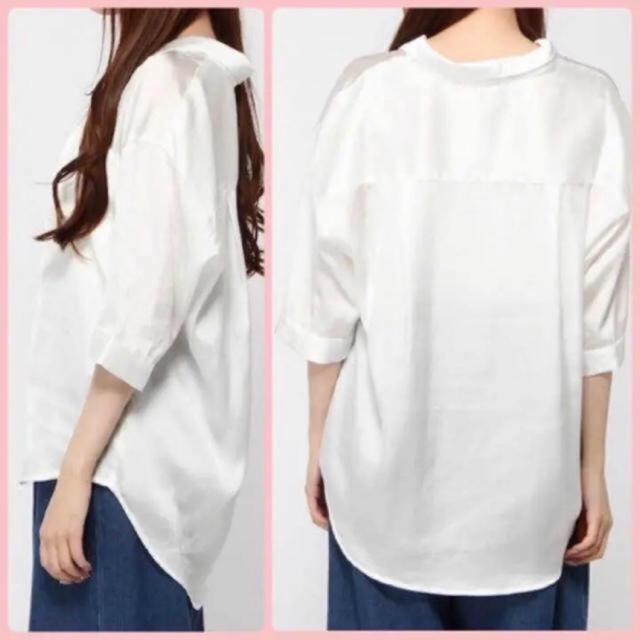 WEGO(ウィゴー)のWEGO サテン開襟シャツ 5分袖 白 L レディースのトップス(シャツ/ブラウス(長袖/七分))の商品写真