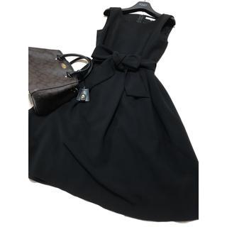 エムプルミエ(M-premier)の美品 エムプルミエ   クチュール フレア ワンピース ブラック 黒 リボン(ひざ丈ワンピース)