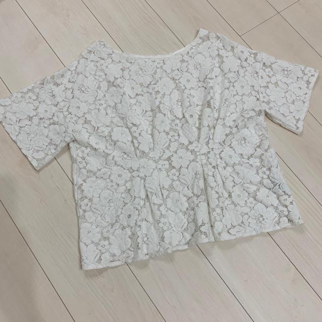 GU(ジーユー)のGU♡フラワー レース トップス♡白♡ジーユー♡ホワイト♡大きいサイズ レディースのトップス(カットソー(半袖/袖なし))の商品写真