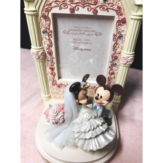Disney(ディズニー)の未使用品 ミッキー&ミニーウェディングフォトフレーム(写真立て) インテリア/住まい/日用品のインテリア小物(フォトフレーム)の商品写真