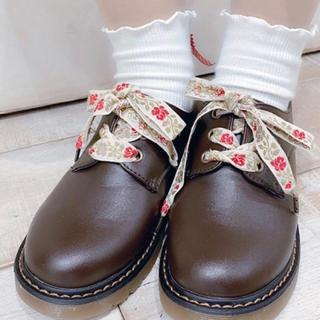 F i.n.t - フィント 靴紐 フラワー アンティーク