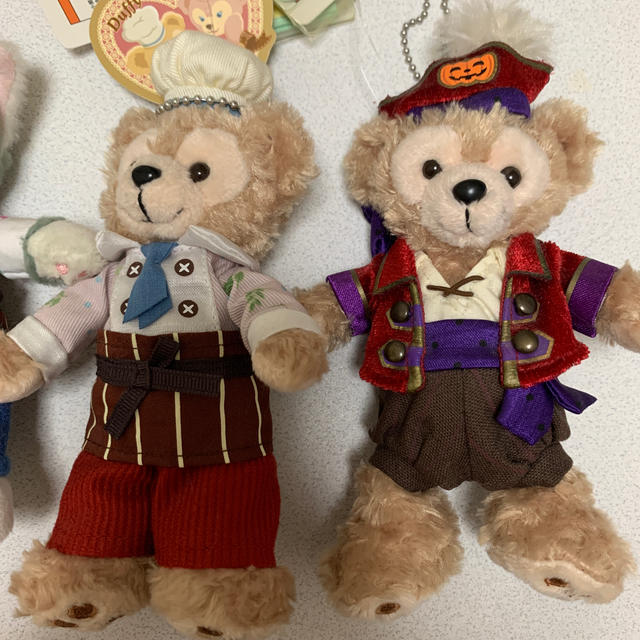 Disney(ディズニー)のダッフィー ジェラトーニ ぬいぐるみバッジ エンタメ/ホビーのおもちゃ/ぬいぐるみ(ぬいぐるみ)の商品写真