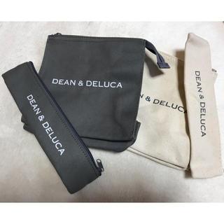 ディーンアンドデルーカ(DEAN & DELUCA)のDEAN & DELUCA  雑誌付録(ポーチ)