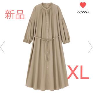 GU - 【新品】GU ジーユー バンドカラーギャザーワンピース ベージュ XL(LL)