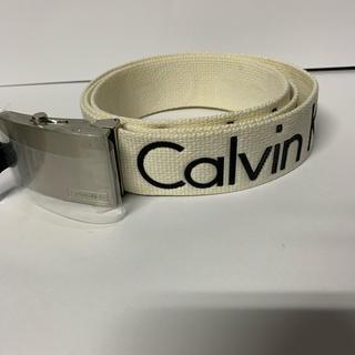 Calvin Klein - 海外限定レア カルバンクライン calvin clein ガチャベルト 白 ロゴ