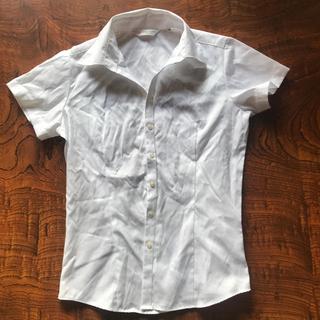 サイズM 半袖白シャツ (シャツ/ブラウス(半袖/袖なし))
