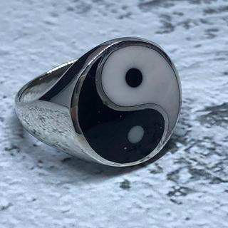 陰陽 オーバル 風水 強運 勾玉 シルバー925リング 印台 銀 指輪 ギフト(リング(指輪))