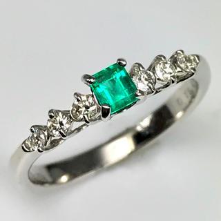 天然エメラルド0.18ct  ダイヤモンド0.17ct  PT950 リング