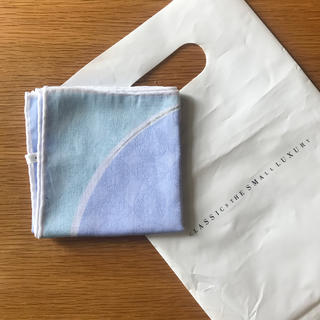 classics the small luxury ハンカチ 新品(ハンカチ)