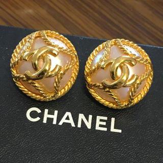 シャネル(CHANEL)のシャネル正規美品ビンテージココマークフェイクパールイヤリング(イヤリング)