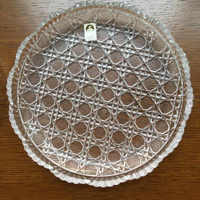 東洋佐々木ガラス(トウヨウササキガラス)の新品 ササキクリスタル 中皿 ペアセットで1200円 インテリア/住まい/日用品のキッチン/食器(食器)の商品写真