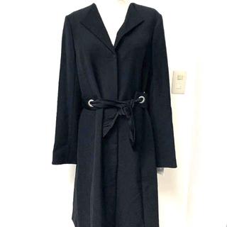 スコットクラブ(SCOT CLUB)の新品プチプードルスコットクラブリボンベルト黒コート定価29500(ロングコート)