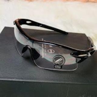 黒フレーム×クリアレンズ サングラス 新品 メンズ UV400  (その他)