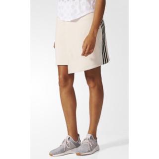 アディダス(adidas)のadidas スカート(ミニスカート)