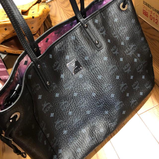 MCM(エムシーエム)のMCM エムシーエム ギャラクシー GALAXY トートバッグ  M 新品同様 レディースのバッグ(トートバッグ)の商品写真