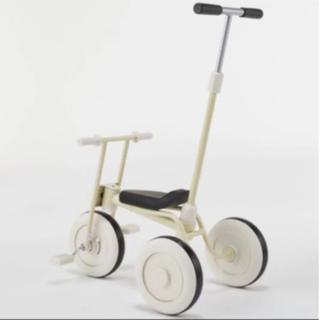 ムジルシリョウヒン(MUJI (無印良品))のMUJI  無印良品 三輪車 舵付き アイボリー(三輪車)