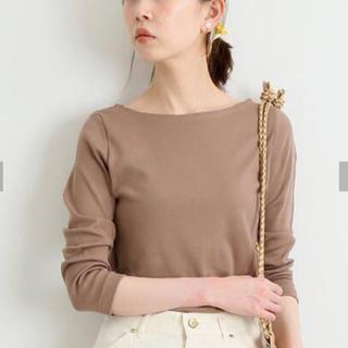 IENA - 今季 オーラリー イエナ別注ボートネックTシャツ ブラウンB 38