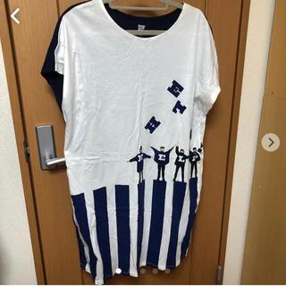 グラニフ(Design Tshirts Store graniph)の【最終お値下げ】Beatles HELP ワンピース graniph(ひざ丈ワンピース)