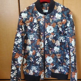 ザラ(ZARA)のFOREVER21 フラワー柄 花柄 ボンバージャケット 42 L メンズ(ブルゾン)