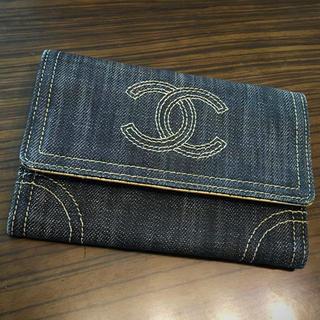 シャネル(CHANEL)のシャネル正規美品デニムココマーク二つ折り財布(財布)