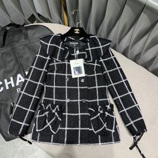 シャネル(CHANEL)の CHANEL ジャケット Tweed Noir & blanc ツイード(テーラードジャケット)