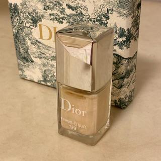 ディオール(Dior)のDior    マニュキア FEMME-FLEUR  129(マニキュア)
