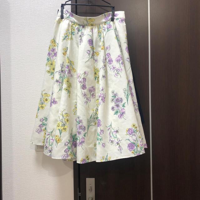 Debut de Fiore(デビュードフィオレ)のスカート デビュードフィオレ レディースのスカート(ひざ丈スカート)の商品写真