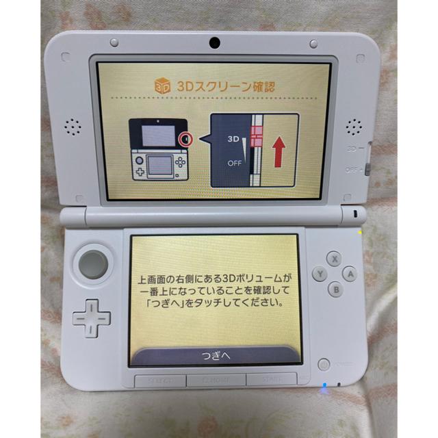 ニンテンドー3DS(ニンテンドー3DS)のNintendo 3DS  LL 本体ピンク/ホワイト エンタメ/ホビーのゲームソフト/ゲーム機本体(携帯用ゲーム機本体)の商品写真