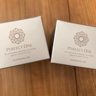PERFECT ONE - パーフェクトワン 薬用ホワイトニングジェル