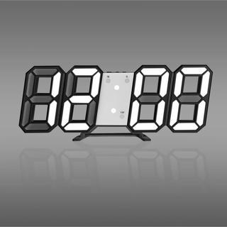 3Dデザイン デジタルLED時計 置き時計or壁掛け時計【未使用品】(置時計)