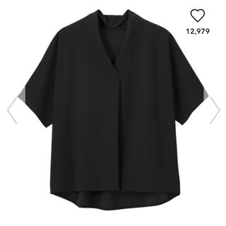 ジーユー(GU)のGU  ジーユー フロントタックプルオーバー(シャツ/ブラウス(半袖/袖なし))