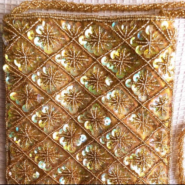 titicaca(チチカカ)の値下げ!スパンコール 肩かけバッグ レディースのバッグ(ショルダーバッグ)の商品写真