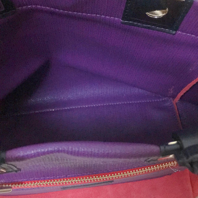 Furla(フルラ)のFURLA バイカラーリバーシブルトートバッグ レディースのバッグ(トートバッグ)の商品写真