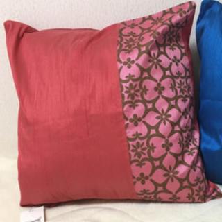 フランフラン(Francfranc)のケユカ クッションカバー 赤色①枚 新品タグ付き未使用(クッションカバー)