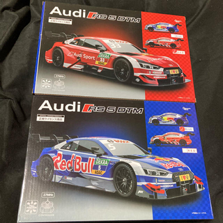 アウディ(AUDI)のラジコン  Audi RS5 DTM レッド ブルー2台セット(ホビーラジコン)