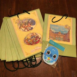 ディズニー(Disney)のディズニーランドホテル紙袋9枚 と スティッチタオル(その他)