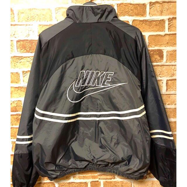 NIKE(ナイキ)のNIKE 90s ウーブン 刺繍 ビッグロゴ ナイロンジャケット グレー×黒色 メンズのジャケット/アウター(ナイロンジャケット)の商品写真