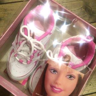 バービー(Barbie)のアメリカ購入バービーのスニーカー新品レア15センチ(スニーカー)