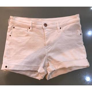 エイチアンドエム(H&M)のH&M ショートパンツ 160㎝ ホワイト 女の子(パンツ/スパッツ)