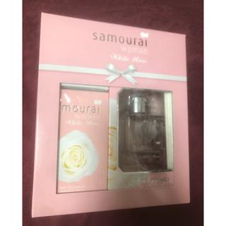 サムライ(SAMOURAI)のサムライウーマン ホワイトローズ 限定コフレセット 香水(香水(女性用))