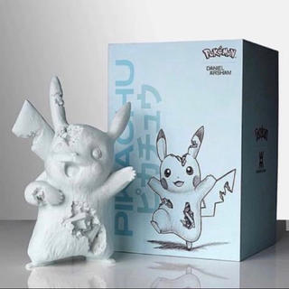 Daniel Arsham× crystalized Pikachu