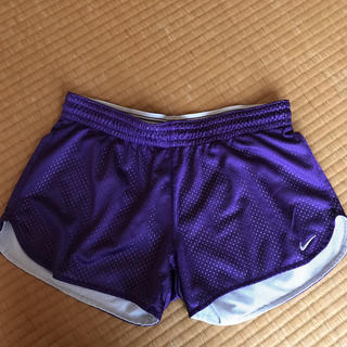 NIKE - ナイキ フィットネスパンツ 紫