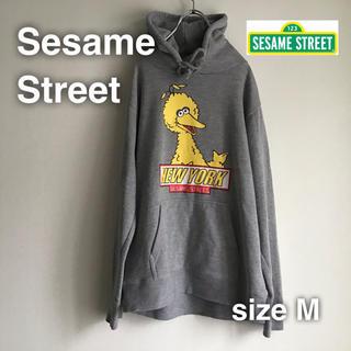 セサミストリート(SESAME STREET)のSesame Street セサミストリート パーカー M グレー です(パーカー)