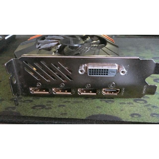 GIGABYTE  GTX1080 スマホ/家電/カメラのPC/タブレット(PCパーツ)の商品写真