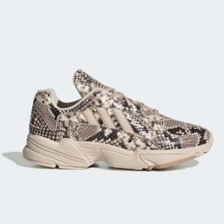 アディダス(adidas)の【新品】Adidas YUNG-1 パイソン柄 スニーカー 27.5cm(スニーカー)